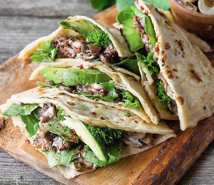 copertina ricetta tortilla funghi e avocado