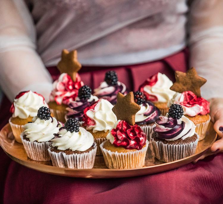 Pranzo-di-Natale-porta-in-tavola-gustosi-dessert-ai-frutti-di-bosco